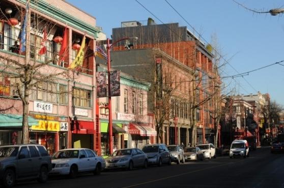 east-pender-street-in-chinatown-photo-dan-toulgoet
